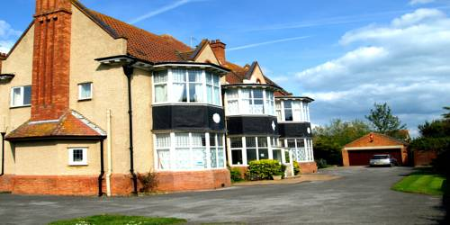 Cloisters Guest House in Weston-Super-Mare