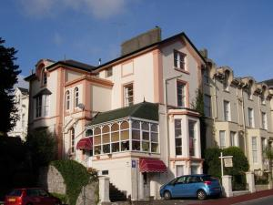 Arden Court Guest House in Torquay