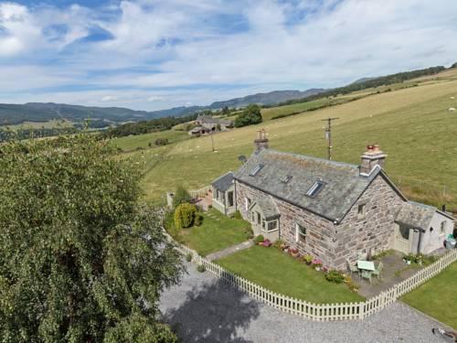 Mid Balchandy Cottage