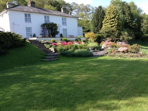 Frondderw Country House Bed and Breakfast