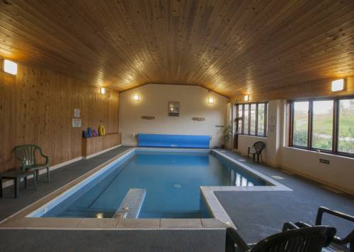 Luccombe farm holiday cottages milton abbas blandford - Dorset holiday cottages with swimming pool ...