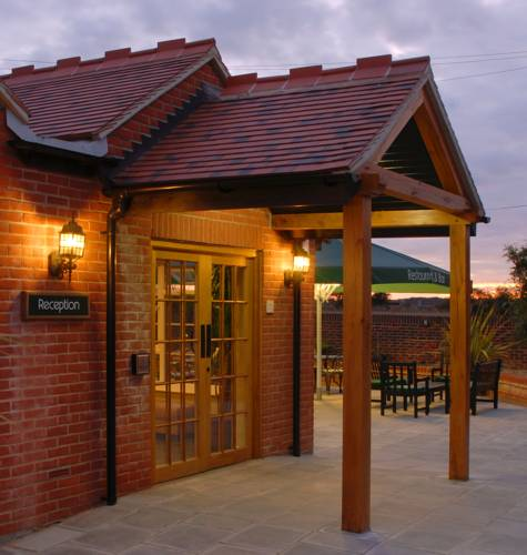 Crouchers Restaurant and Hotel