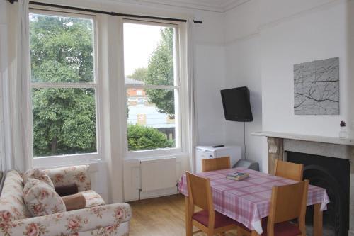 Maida Vale Apartment 92
