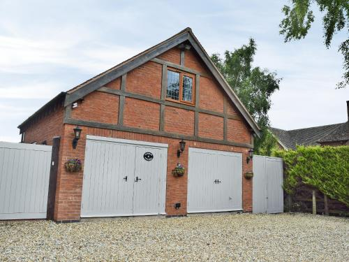 4 Alveston Pastures Cottages