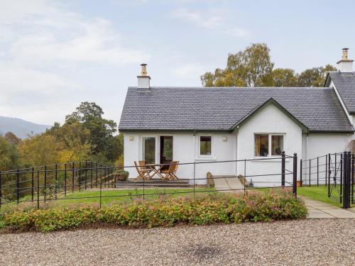Tummel Cottage