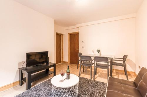 One Bedroom Apt Covent Garden