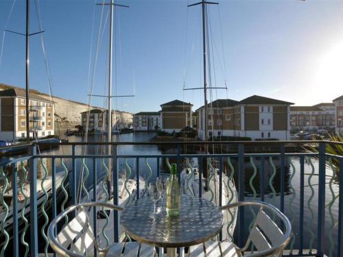 Apartment Brighton Marina