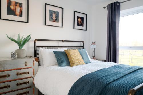 White Rose Modern Apartments
