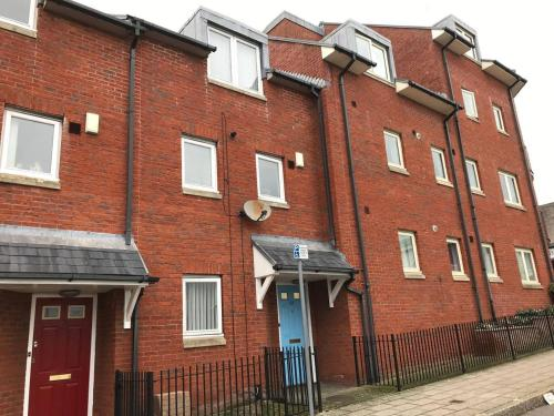 City Centre Townhouse - perfect for City Workers