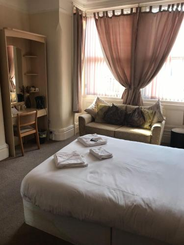 Hayward & Newbury Hotels