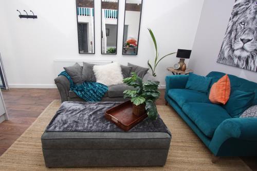 Apartment 2, 13 Broadhurst Street