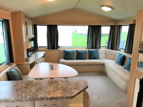Newquay View Porth Caravan | Newquay View Resort Trevelgue Road