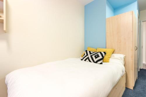 Modern Student-Only Ensuite Rooms in Manchester City Centre