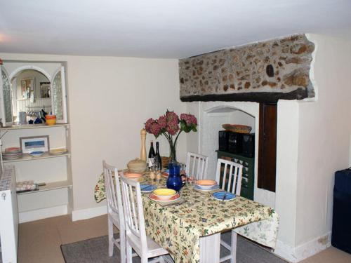 Windwhistle Cottage, Axminster