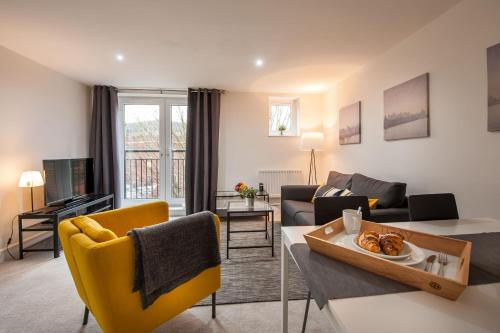 Staff - Apartments at Mayflower Court